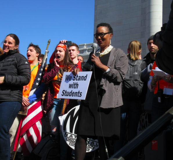Lena Taylor Thrills Capitol >> Madison Students Call For Gun Control On National Walkout Day